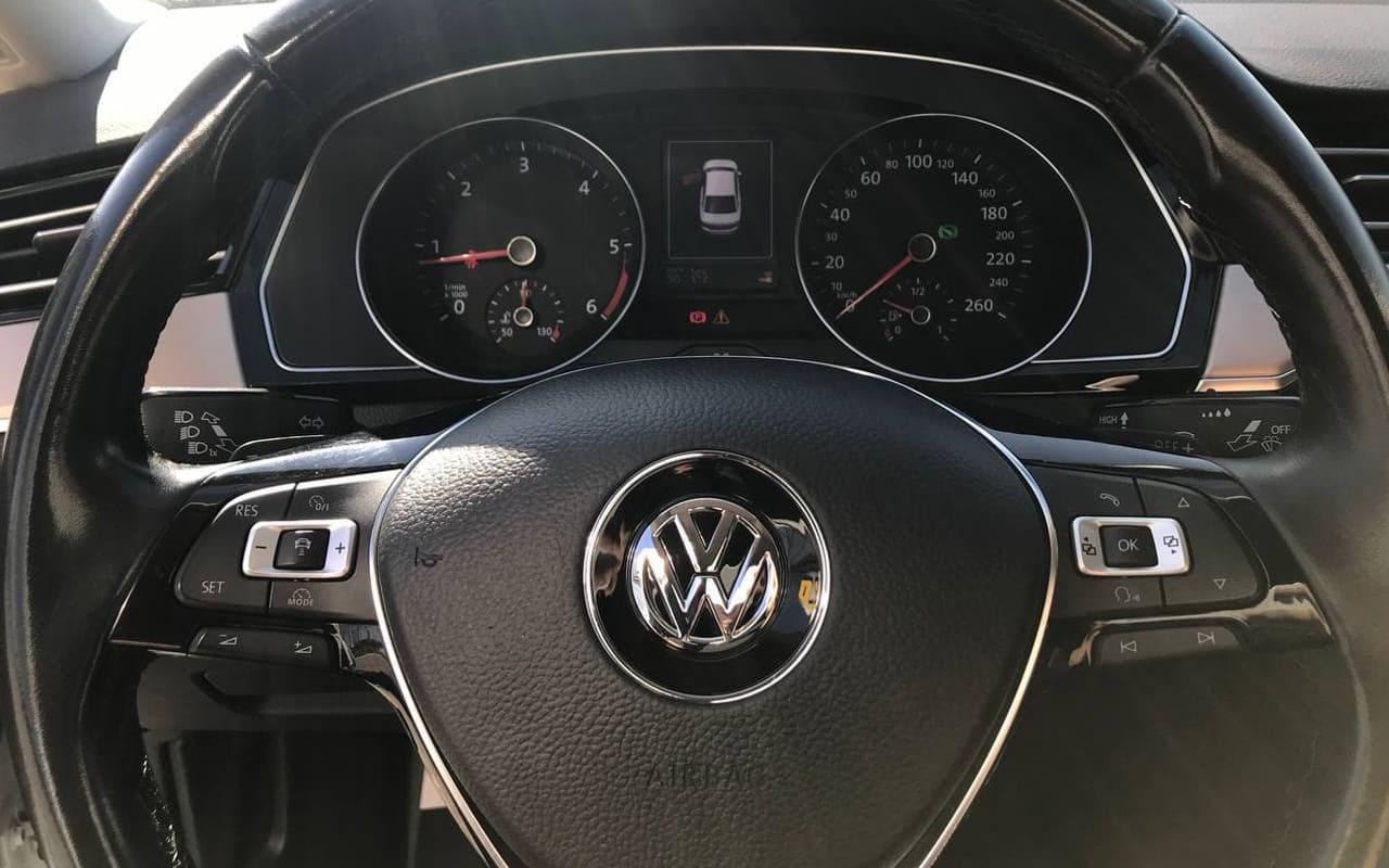 Volkswagen Passat R-Line 2017 фото №14