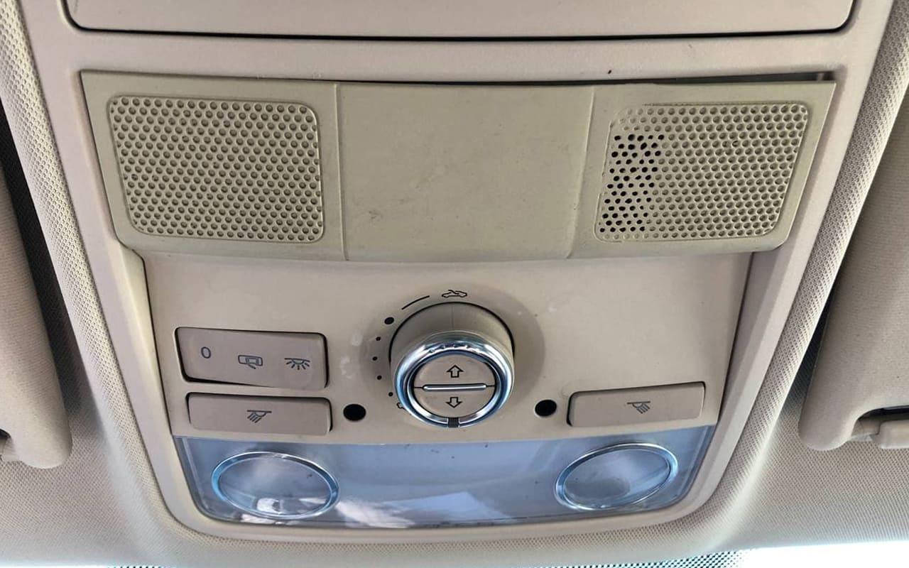 Volkswagen Tiguan 2012 фото №18
