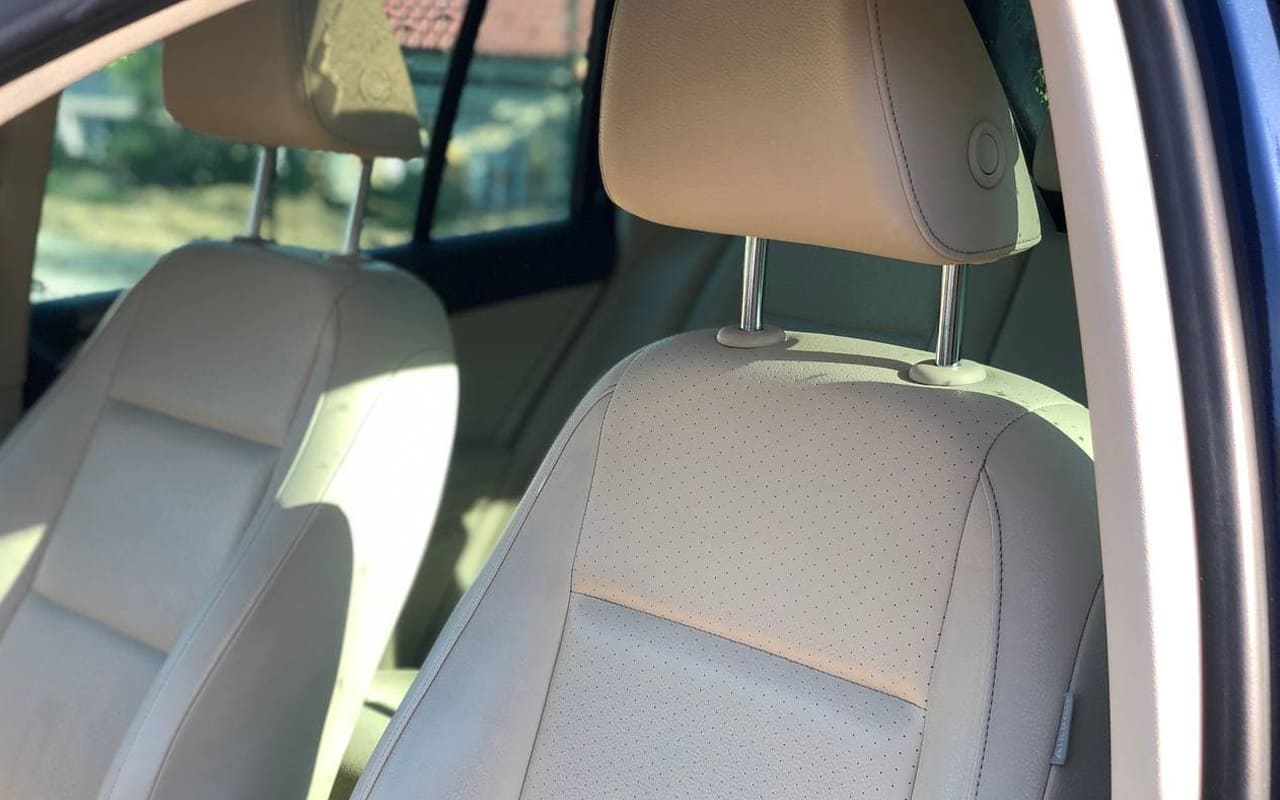 Volkswagen Tiguan 2012 фото №19