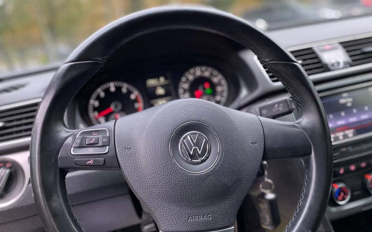 Volkswagen Passat SE 2014 фото №13