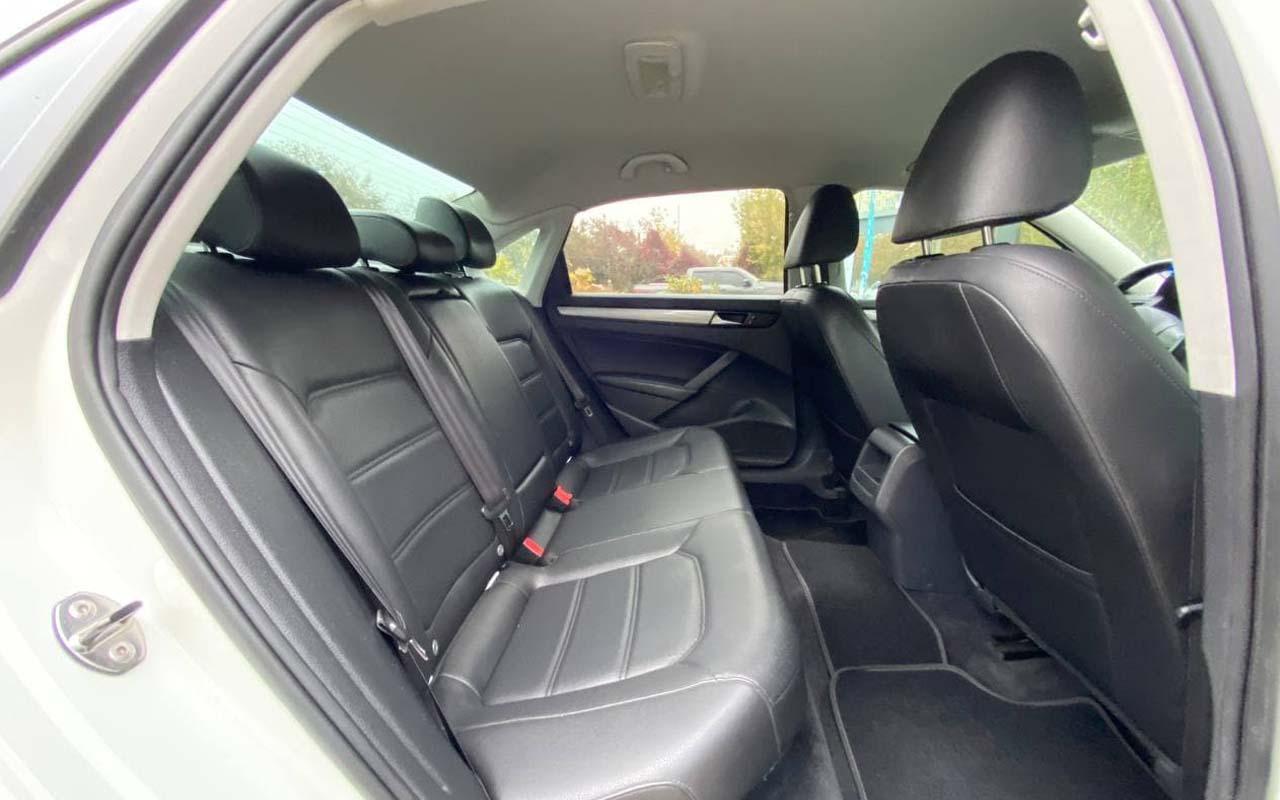 Volkswagen Passat SE 2014 фото №16