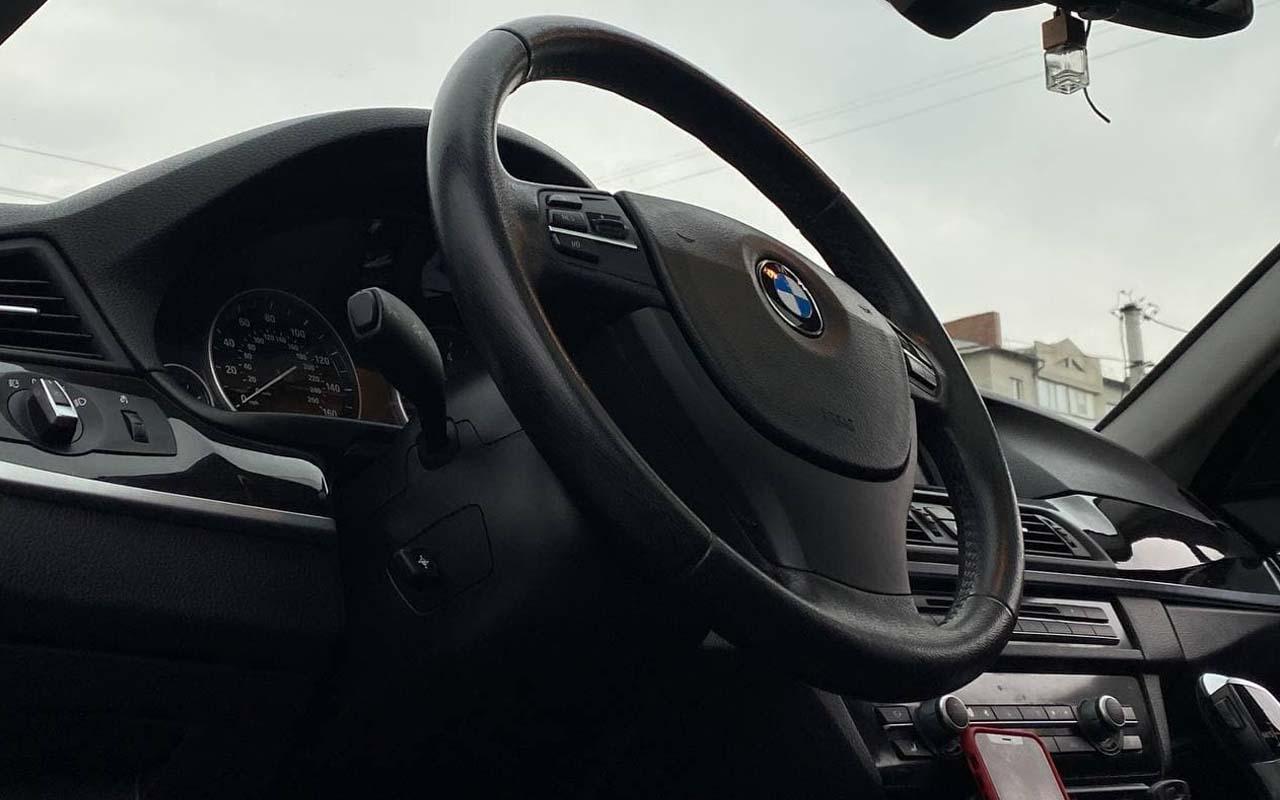 BMW 528 2011 фото №16