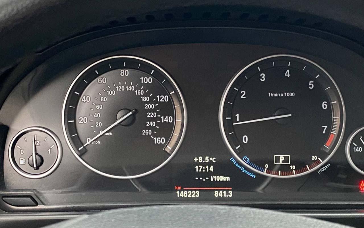 BMW 528 2011 фото №17