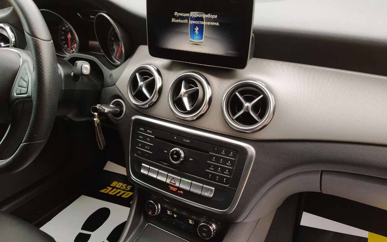 Mercedes-Benz GLA 200 2017 фото №15