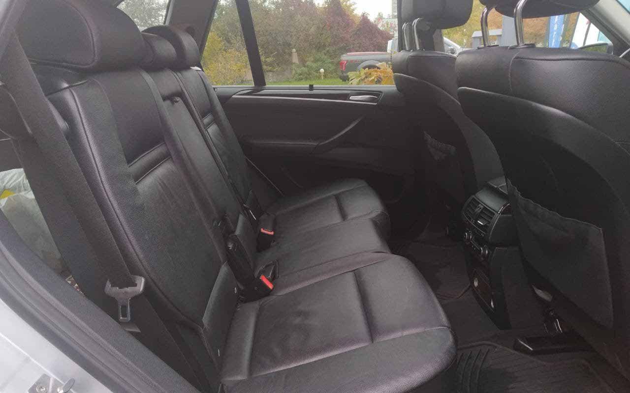 BMW X5 2011 фото №16